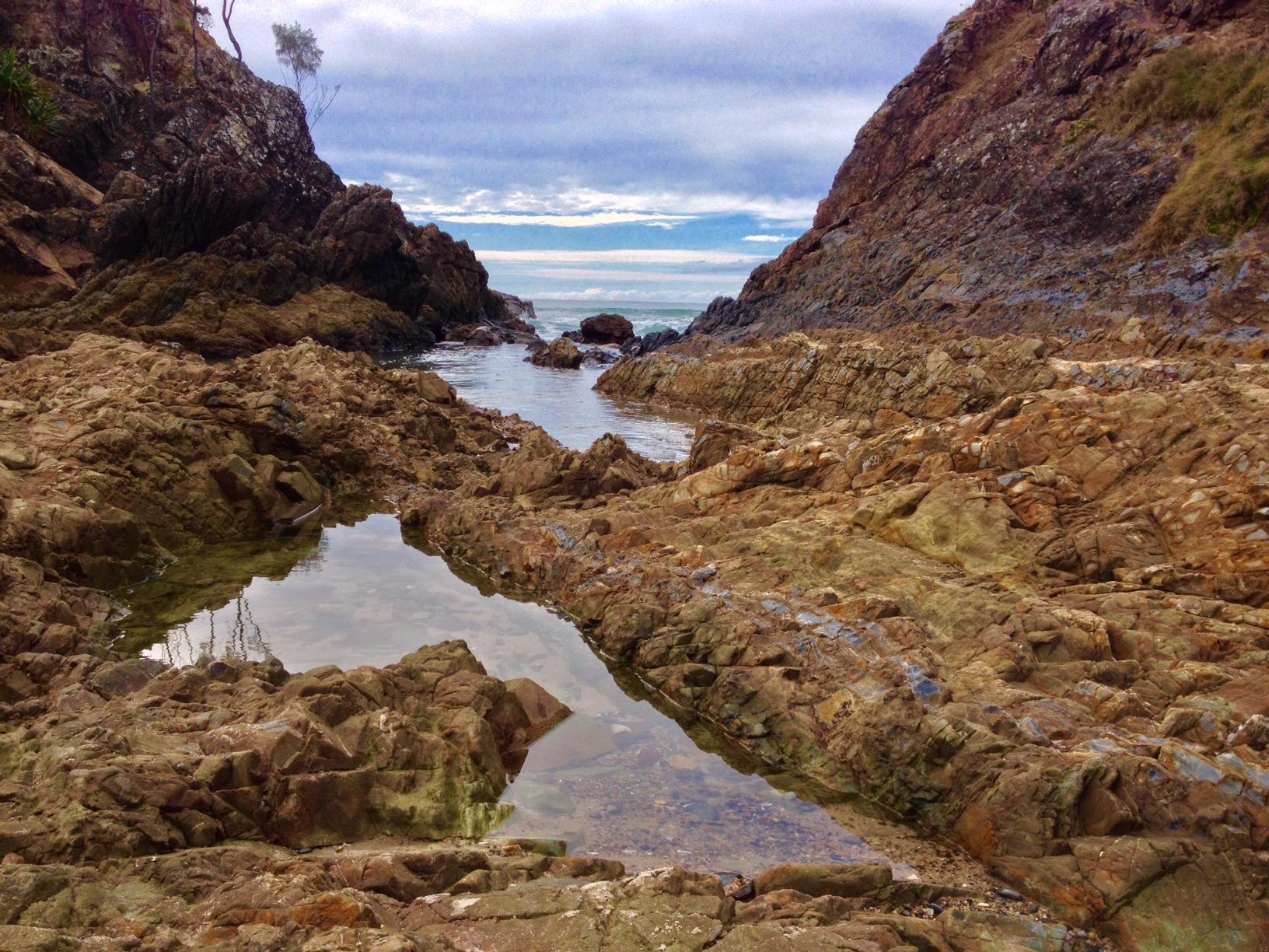 Caminho até o farol em Byron Bay