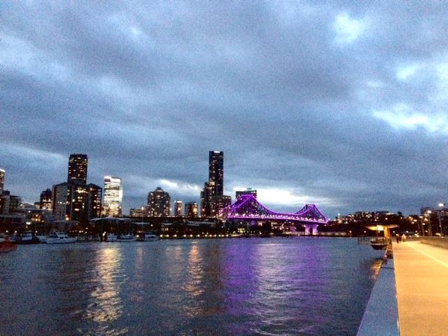 #Brisbane #Newfarm #faixa de ciclista